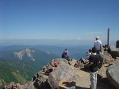 御前峰(2,702m)